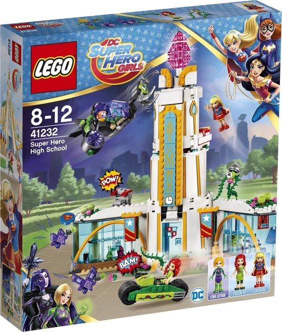 LEGO DC Super Hero Girls Superheldenschool - 41232
