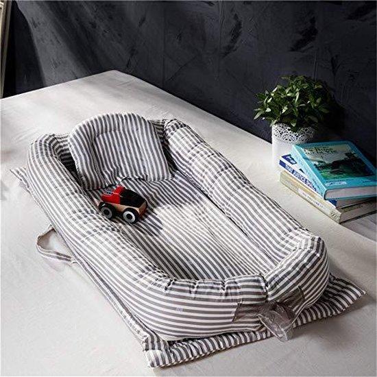 Draagbaar babybed – Baby bed - Babynest – Babynestje – 100% Katoen – Grijs/Wit