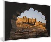 Foto in lijst - Schitterende afbeelding van het Fort Amber in India fotolijst wit 60x40 cm - Poster in lijst (Wanddecoratie woonkamer / slaapkamer)