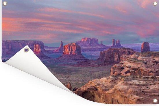Zonsondergang vanaf Hunts Mesa op de Monument Valley in Amerika Tuinposter 120x80 cm - Tuindoek / Buitencanvas / Schilderijen voor buiten (tuin decoratie)