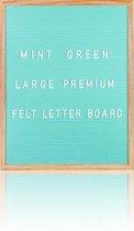 Letterbord XL 40 x 50 cm. - Mintgroen vilt - Inclusief 350 witte letters & Symbolen - Frame eikenhout