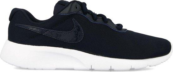 Nike Tanjun Sneakers - Maat 38 - Unisex - donker blauw/wit