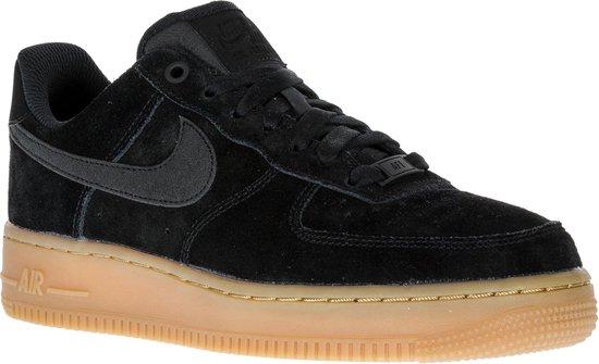 Nike Air Force 1 '07 SE Sneakers - Maat 38 - Vrouwen - zwart