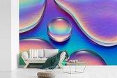 Fotobehang vinyl - Kleurrijke waterdruppels breedte 540 cm x hoogte 360 cm - Foto print op behang (in 7 formaten beschikbaar)