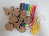 Lente - Kleursetje -  8 Hangers - Lente versiering - Lente slinger - zelf inkleuren - kinderen - knutselen Lente - knutselsetje - knutsel pakketje