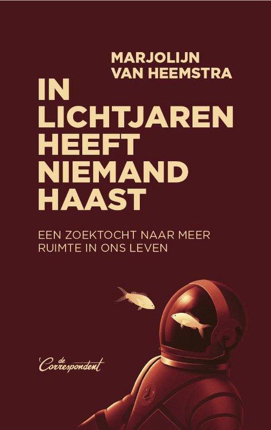 Boek cover In lichtjaren heeft niemand haast van Marjolijn van Heemstra (Paperback)