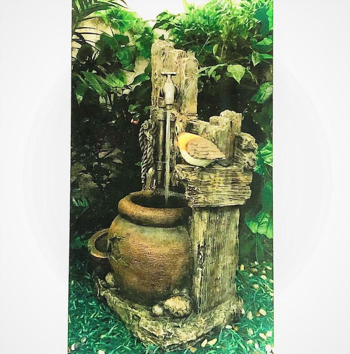 Tree Trunk Tap And Bird - fontein - exterieur - interieur - fontein voor binnen en voor buiten - relaxeer - zen - waterornament - cadeau - geschenk - relatiegeschenk - origineel - lente - zomer - lentecollectie - zomercollectie - afkoeling - koelte