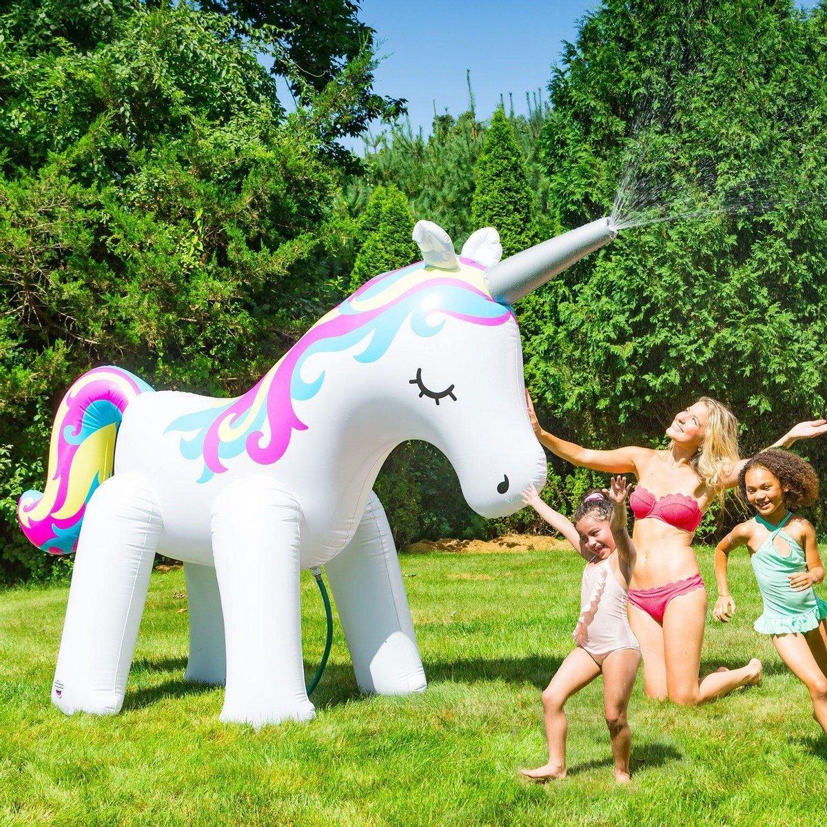Ginormous Unicorn Sprinkler - Opblaasbare Eenhoorn met Fontein - waterspeelgoed