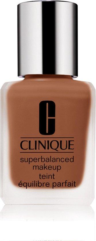 Clinique Superbalanced Foundation – 18 Clove