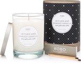 KOBO Coterie Vetiver and Shaved Vanilla geurkaars 310 g 80 branduren