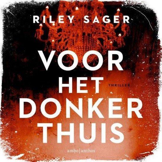 Boek cover Voor het donker thuis van Riley Sager (Onbekend)