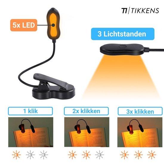 TIKKENS LED Oplaadbaar USB leeslampje met Klem - Amberkleurig Licht - Beter voor de Ogen & Nachtrust - Draadloos Clip on LED Boeklampje - Verstelbaar - Dimbaar - Accu tot 60 uur - Geschikt voor Lezen/Boek/E-reader/Kindle/Laptop/iPad/Tablet - Zwart