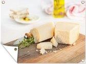 Parmezaanse kaas op een snijplank 80x60 cm