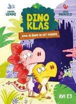 Dinoklas 7 -   Igwa is bang in het donker