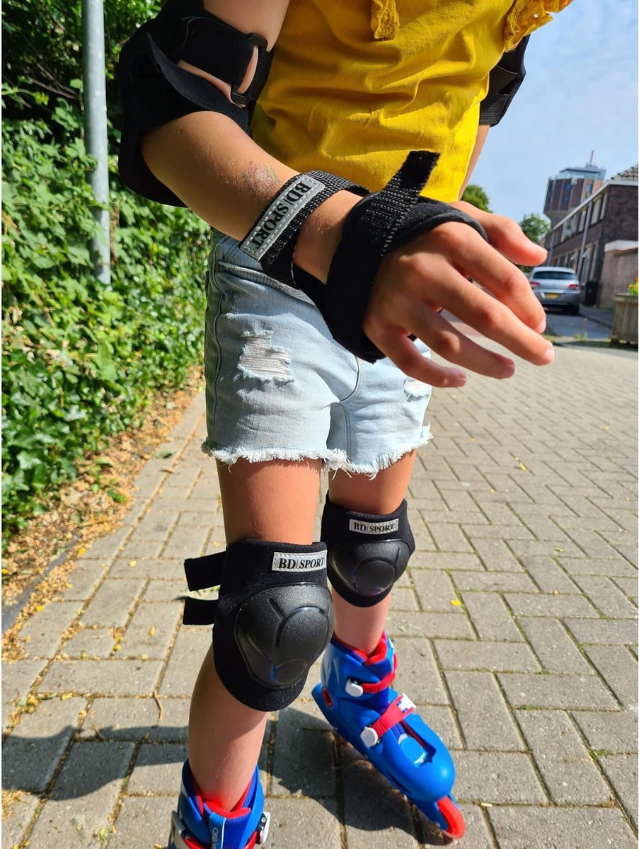 Kniebeschermers, elleboog + polsbeschermers maat M - 6 - 8 jaar - skate beschermset kinderen - Berschermers skeelers/ skate