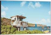 Dibond –Uitkijkhuisje op het Strand– 150x100 Foto op Aluminium (Wanddecoratie van metaal)