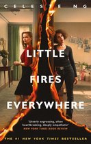 Boek cover Little Fires Everywhere van Celeste Ng (Onbekend)