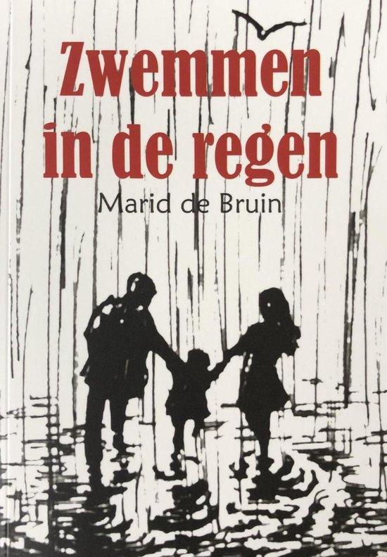 Zwemmen in de regen - Marid de Bruin | Fthsonline.com