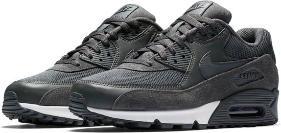 bol.com | Nike Air Max 90 Essential Sneakers - Maat 45 ...
