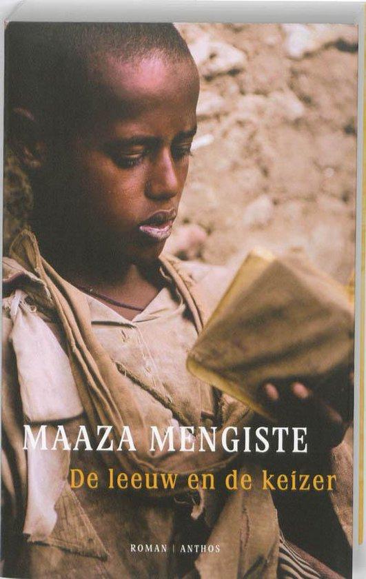 Boek cover De leeuw en de keizer van Maaza Mengiste (Paperback)