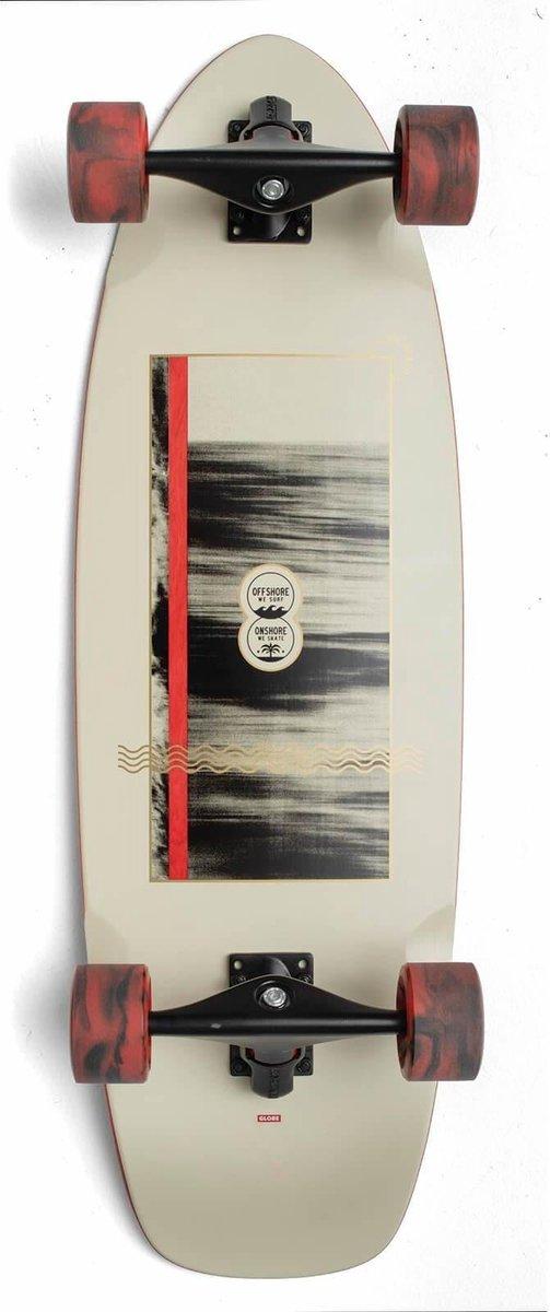 Globe Zuma surfskate cruiser 31 on-shore / flat
