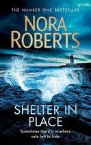 Boek cover Shelter in Place van Nora Roberts
