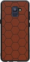 Wicked Narwal | Hexagon Hard Case voor Samsung Samsung Galaxy A8 Plus 2018 Bruin