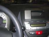 Brodit ProClip Peugeot 107/ Citroen C1/ Toyota Aygo 06-14 center mount
