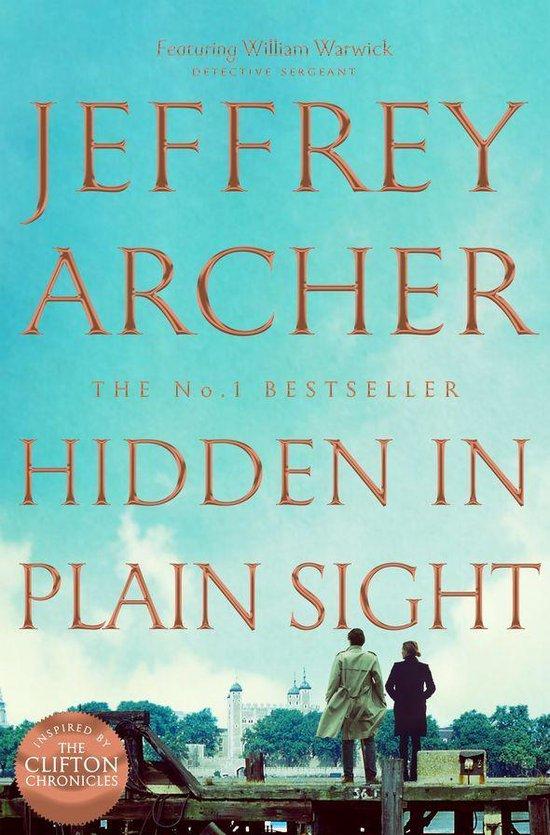 Boek cover Hidden in Plain Sight van Jeffrey Archer