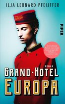 Boekomslag van 'Grand Hotel Europa'